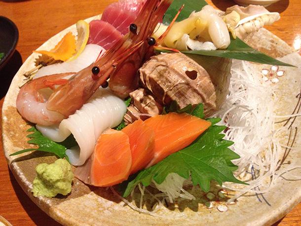 北海道の刺身盛り合わせ