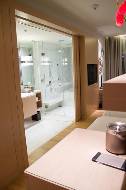 ホテルの部屋 1