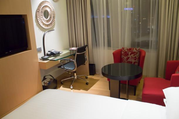 ホテルの部屋 2